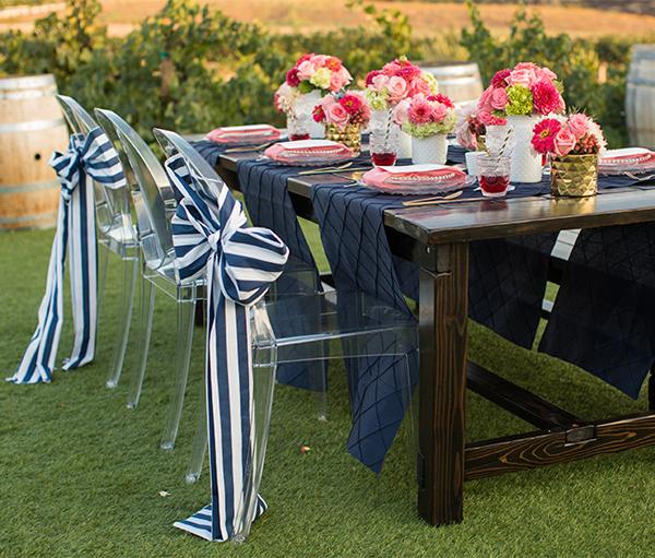 May gia công nơ ghế nhà hàng tiệc cưới rẻ đẹp