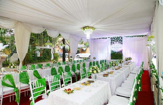 Khăn bàn nhà hàng tiệc cưới rẻ đẹp